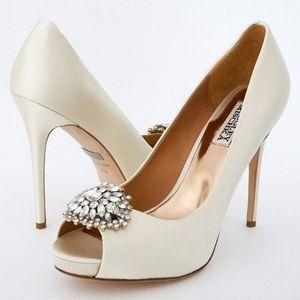 Badgley Mischka Jeannie Ivory Wedding Shoes 8M
